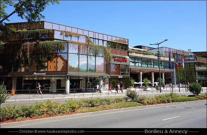 Bonlieu inaugur en 1981 office de tourisme et centre culturel annecy - Office de tourisme annecy ...