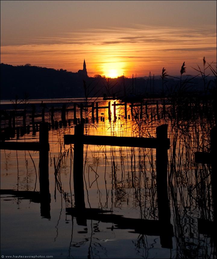 Photo  Coucher de soleil  Lieu  baie dAnnecy  Appareil  Nikon  ~ Sur Les Bois Annecy Le Vieux